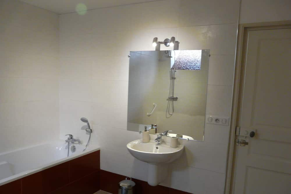 Pokój dwuosobowy, wspólna łazienka (Cécile) - Łazienka
