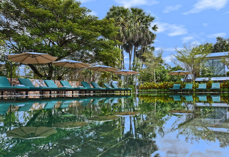 Hillocks Hotel & Spa, Siem Reap, Pool