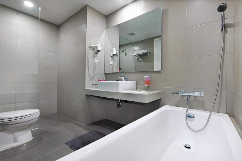 Fabroom - Bathroom