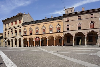 Picture of Casa Isolani Santo Stefano in Bologna