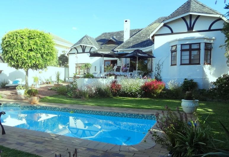 Walker Bay Manor, Hermanus, Outdoor Pool