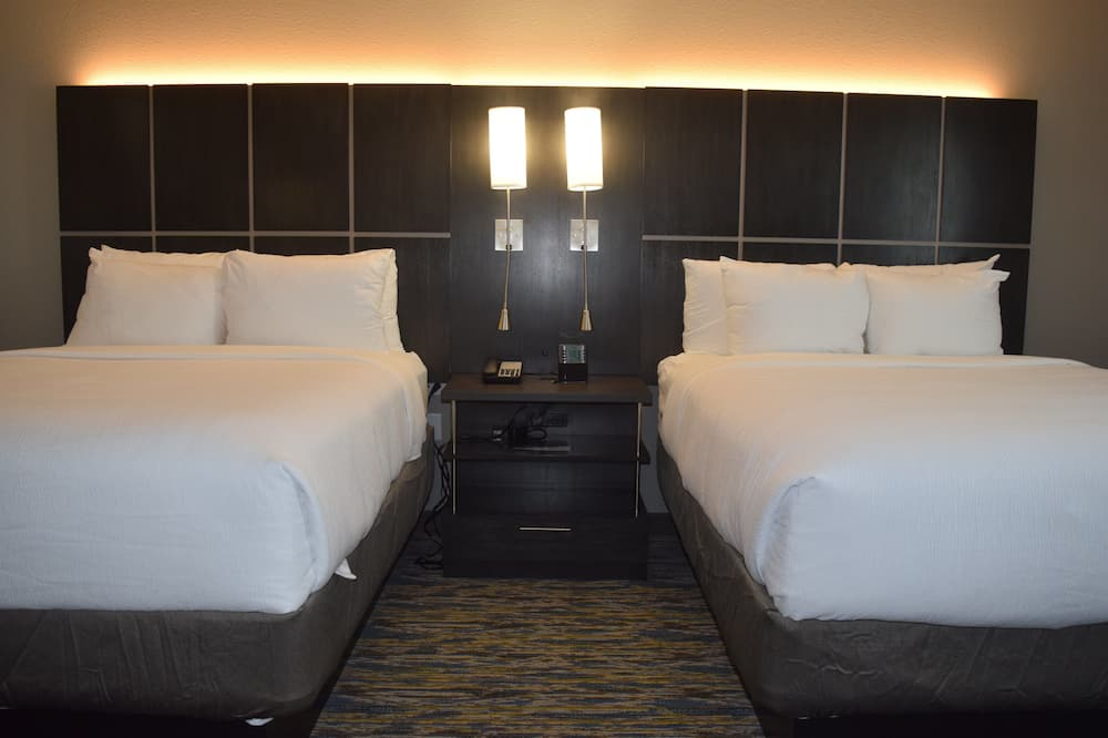 Studio Suite, 2 Queen Beds, Accessible (Hearing) - Guest Room
