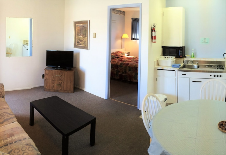 Swiss Sunset Inn, Penticton, Sala de estar