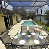Family Townhome, 4 Bedrooms - Outdoor Pool