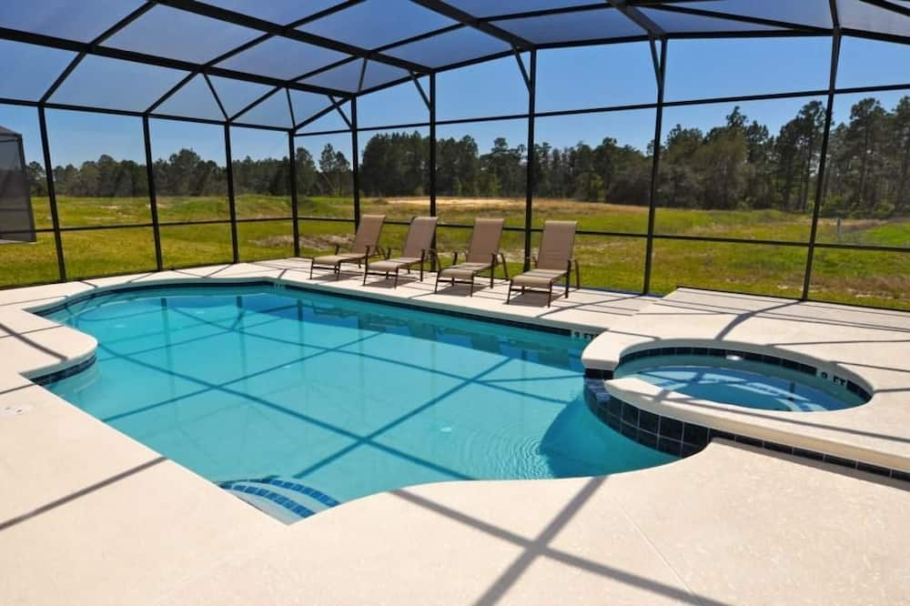 Family House, 5 Bedrooms - Outdoor Pool