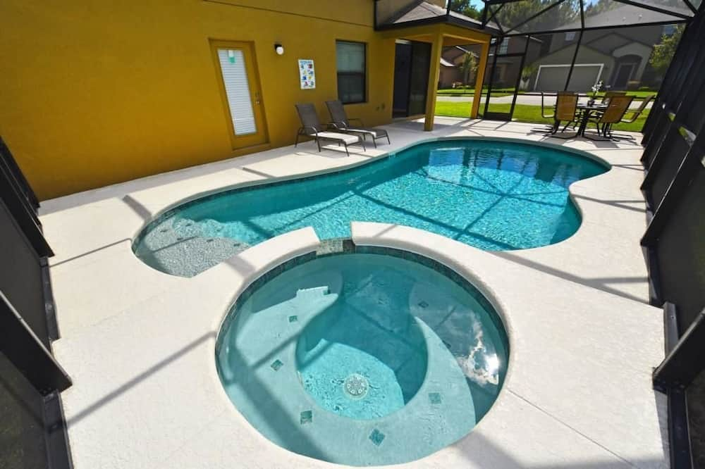 Family House, 6 Bedrooms - Pool