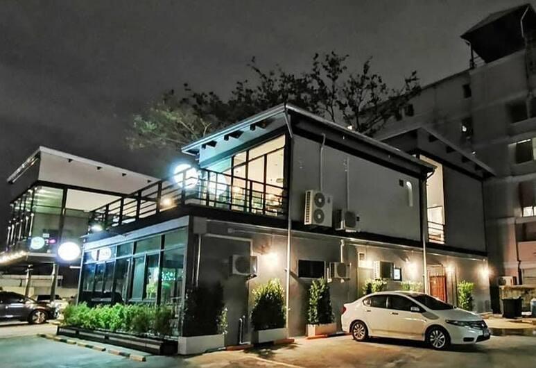 T3 Residence, Bangkok, Buitenkant
