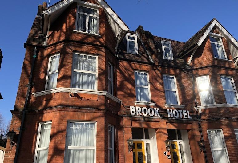 Brook Hotel, Londres, Façade de l'hôtel