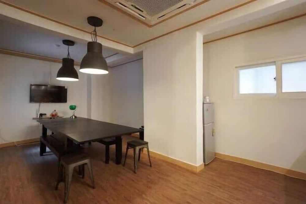 Suite Room - Stravování na pokoji