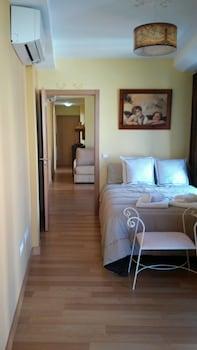 Picture of Apartamentos Turísticos La Garza in Caceres
