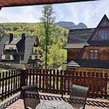 Apartament rodzinny, 1 sypialnia, widok na góry - Zdjęcie opisywane