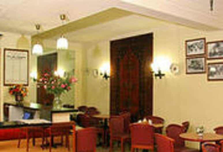 Hotel Camelia International, Pariis, Restoran