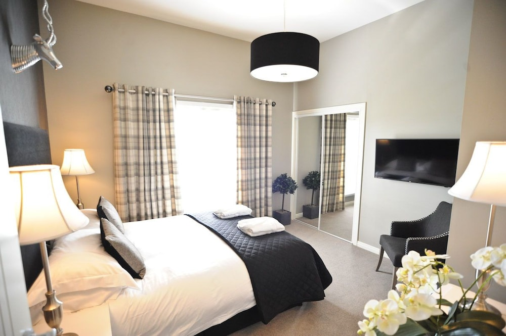 Stirling Luxury Apartments, Stirling, Apartment, 2 Bedrooms, River View,  Guest Room