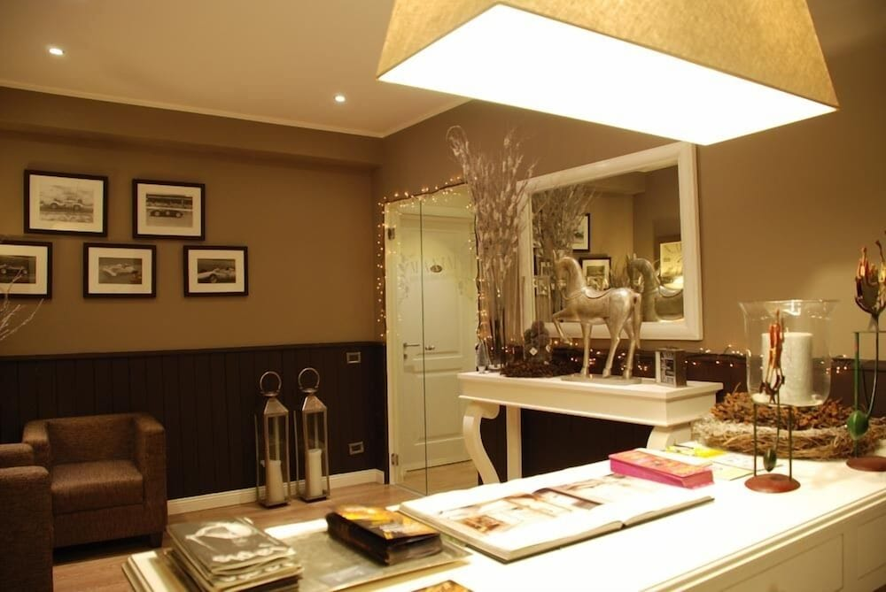 Maxim bed and breakfast Suite Rooms, Palermo: Info, Photos, Reviews ...