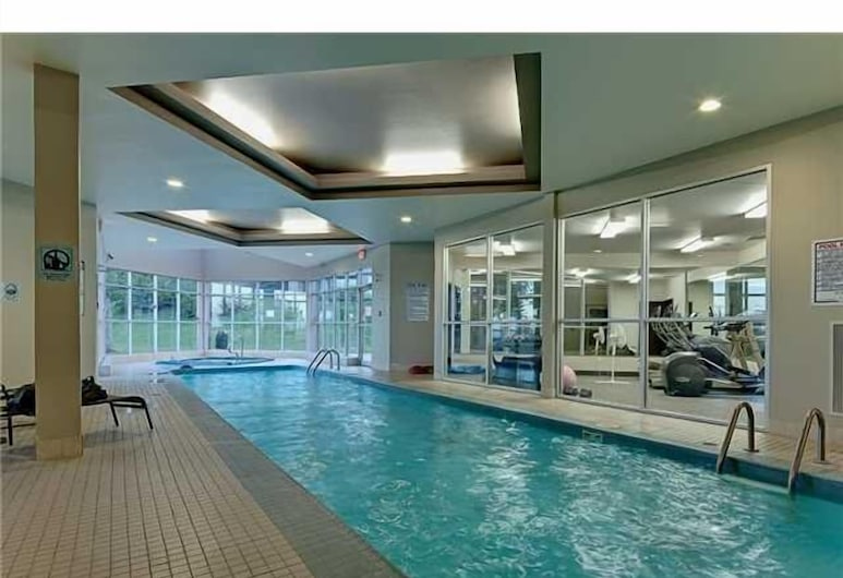 Olympic Suites, Calgary, Exercise/Lap Pool