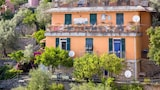 Choose this Apartment in Pieve Ligure - Online Room Reservations