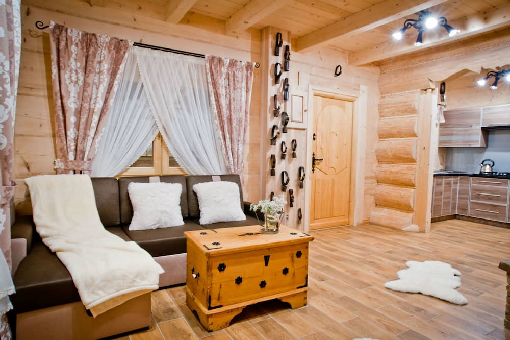 Chalet (Bacowski - 201699067) - Woonkamer
