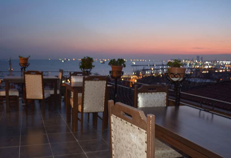 Camelot Apartment, Istanbul, Terrasse/veranda
