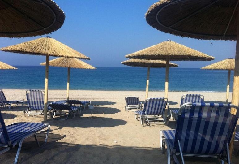 Karavostasi Beach Hotel, Igoumenitsa, Playa