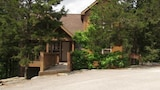 Choose this Cabin / Lodge in Branson - Online Room Reservations