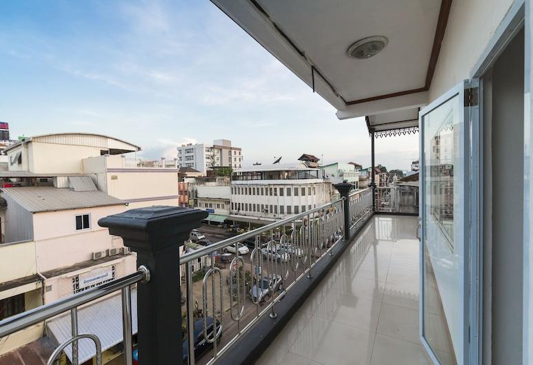 Pacific Vientiane Hotel, Vientiane, Balkong