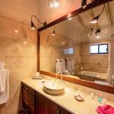 Deluxe dvokrevetna soba, s kupaonicom (Suite 29) - Kupaonica