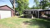 Picture of Taneycomo Lake Cottage 5 Bedroom by Sunset Realty in Hollister