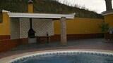 Imagen de Villanueva 100225 3 Bedroom Villa By Mo Rentals en Antequera