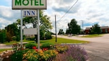 Choose This Cheap Hotel in Fulton