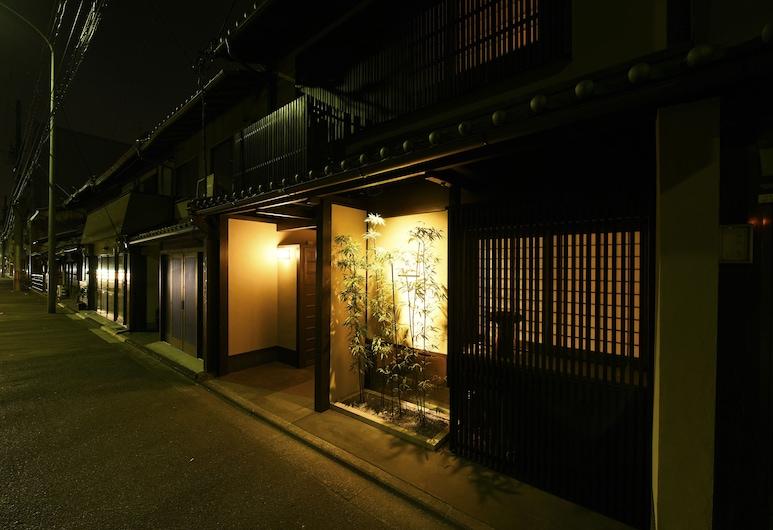 Kuraya Omiya-Shimabara, Kyoto, Front of property - evening