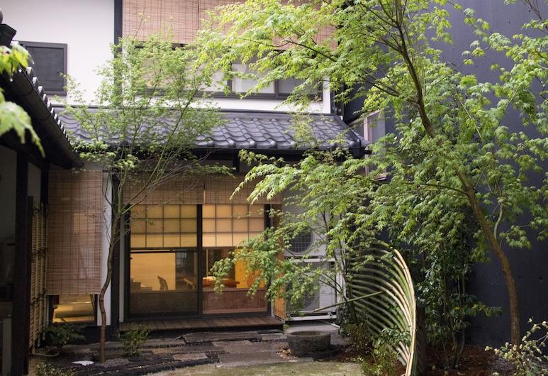 시라후지-안, Kyoto, 안뜰