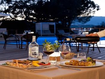 Mynd af Isulella Hotel & restaurant í Porto-Vecchio