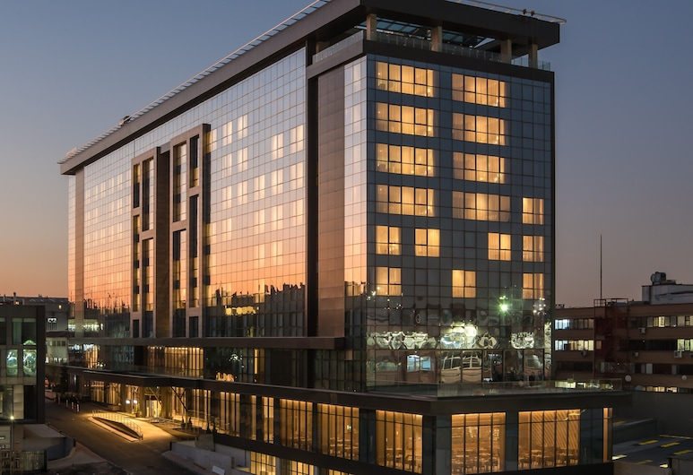 Lionel Hotel Istanbul, Istanbul, Hotel Front – Evening/Night