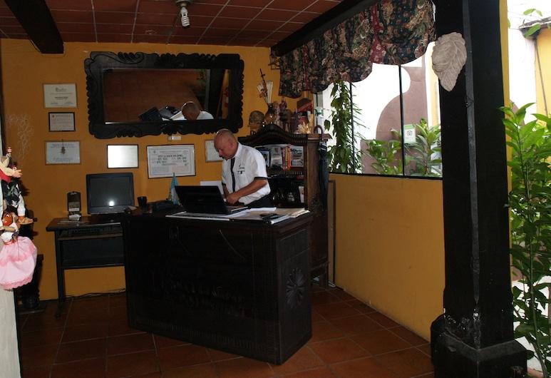 Hotel La Casa De Don Ismael, Antigua Guatemala, Reception