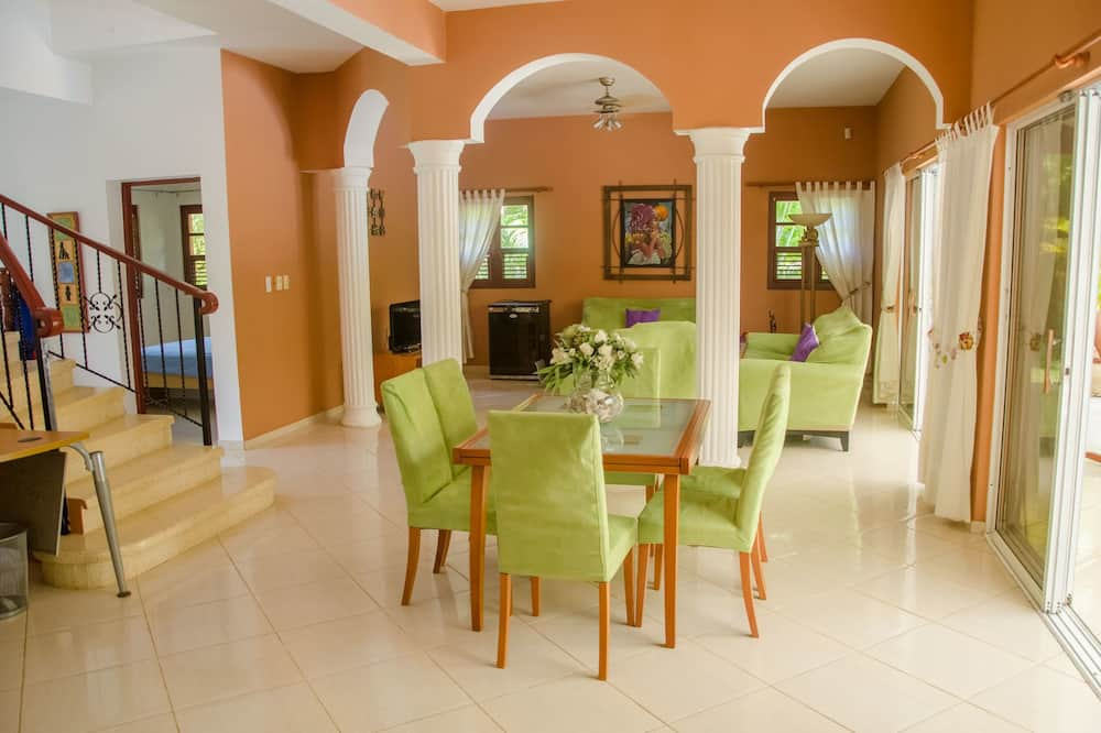 Four Bedroom House - Living Area