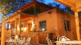 Reserve this hotel in Zuni, New Mexico
