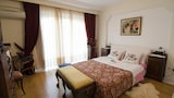 Choose this Villa in Palaio Faliro - Online Room Reservations