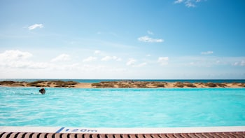 Slika: The Budha Beach Hotel ‒ Sal