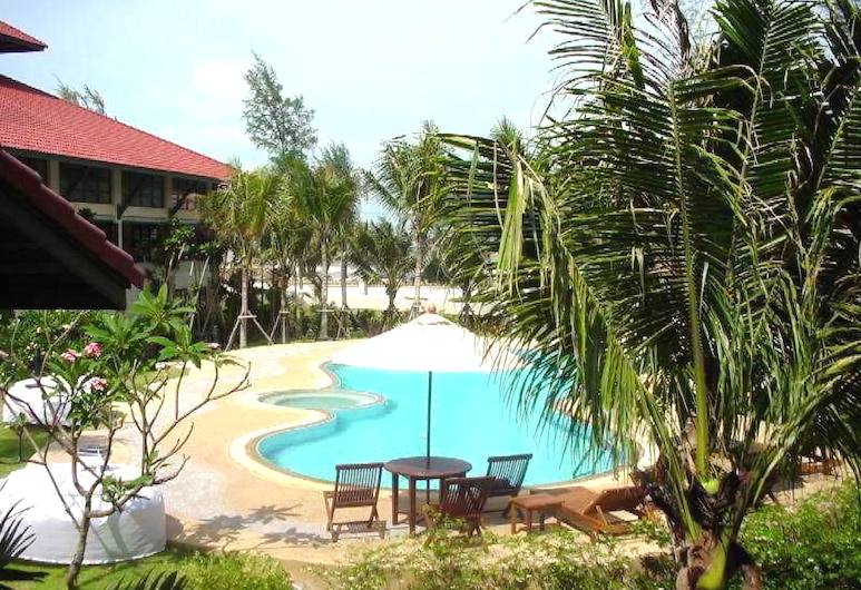 Rajamangala Pavilion Beach Resort Songkhla, Songjla, Alberca