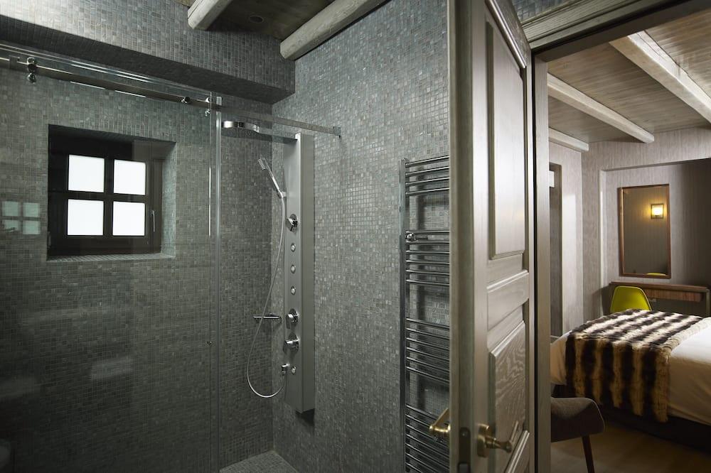 Pokój dwuosobowy z 1 lub 2 łóżkami typu Superior - Łazienka