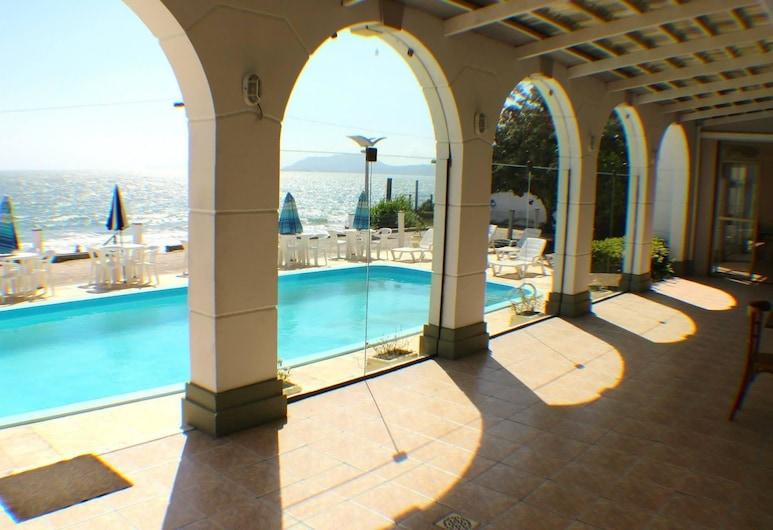 Apartamentos no Lexus Beira Mar, Florianópolis, Pool