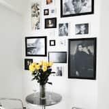 Studio Suite 3 - In-Room Dining