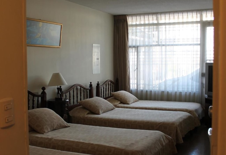Casa Hostal Norte, Bogotá, Quadruple Room, Guest Room