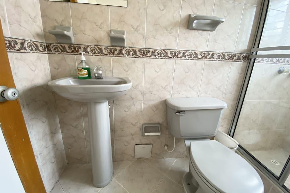 Single Room, 1 Bedroom - Bathroom