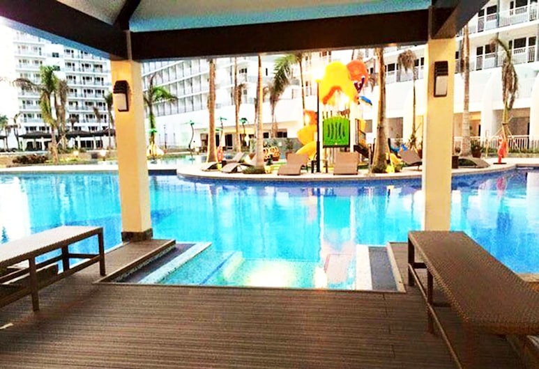 Shell Residences Apartment by Homebound, Pasay, Udendørs pool