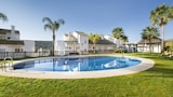 Choose this Apartment in San Roque - Online Room Reservations