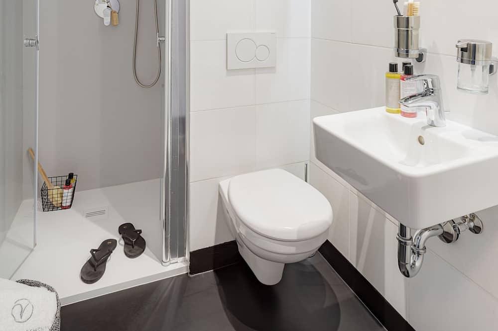 Studio Apartment Mini - Bathroom