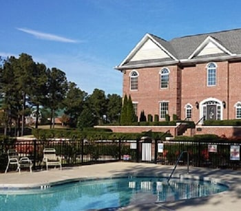 Picture of Anderson Creek Suites in Spring Lake