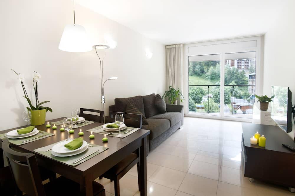 Superior-Apartment, 1 Schlafzimmer, Stadtblick - Wohnzimmer