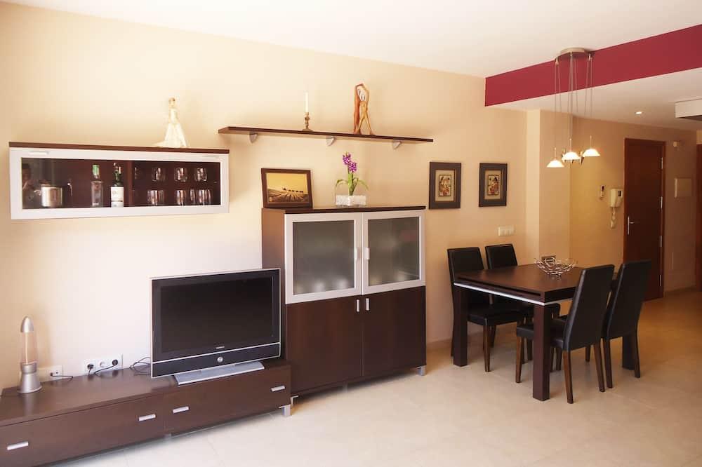 Διαμέρισμα, 1 Υπνοδωμάτιο, Βεράντα, Ισόγειο - Καθιστικό